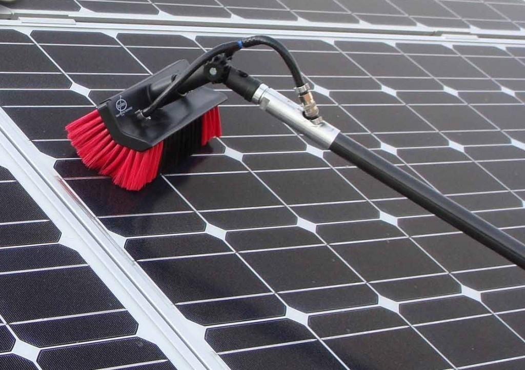 Cleaning-solar
